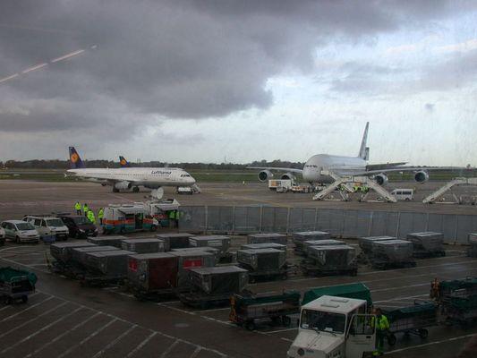 Grössenvergleich A380 und A321
