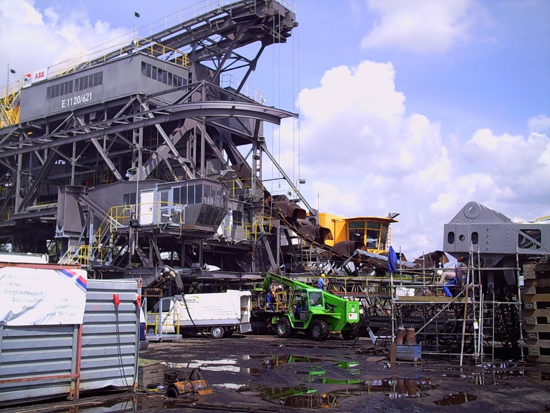 Großbaustelle im Tagebau