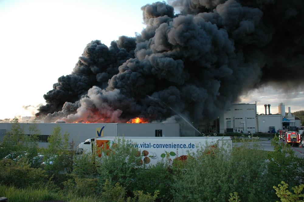 Großbrand einer Fleischfabrik