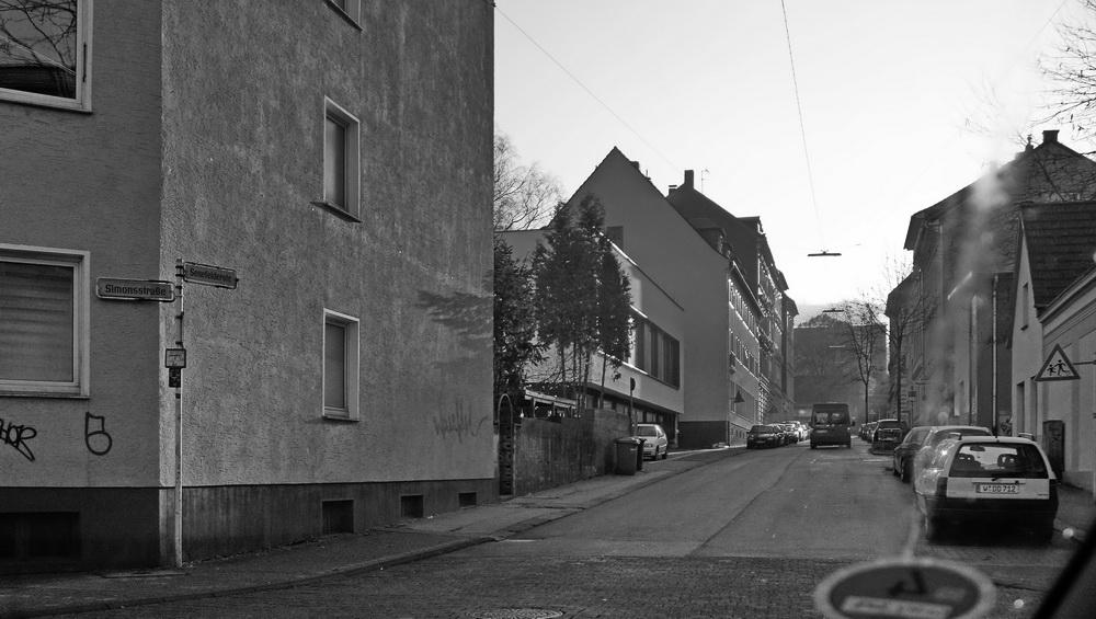 Großeinkauf am Freitag 01 (Blinker links, Simonsstraße)