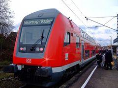 Großer Bahnhof in Neuenburg (Baden)