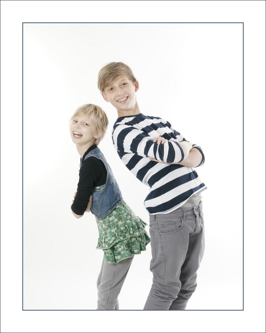 Großer Bruder, kleine Schwester
