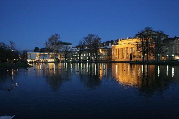 Großes Haus und kleines Haus in Stuttgart