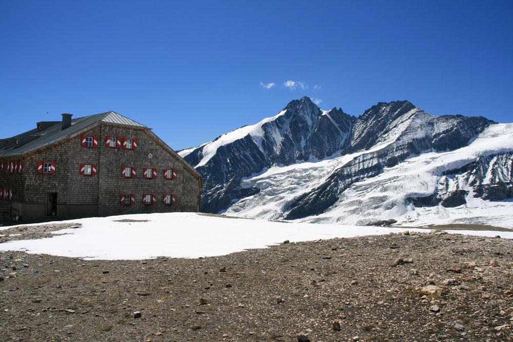 Großglockner mit Oberwalder Hütte