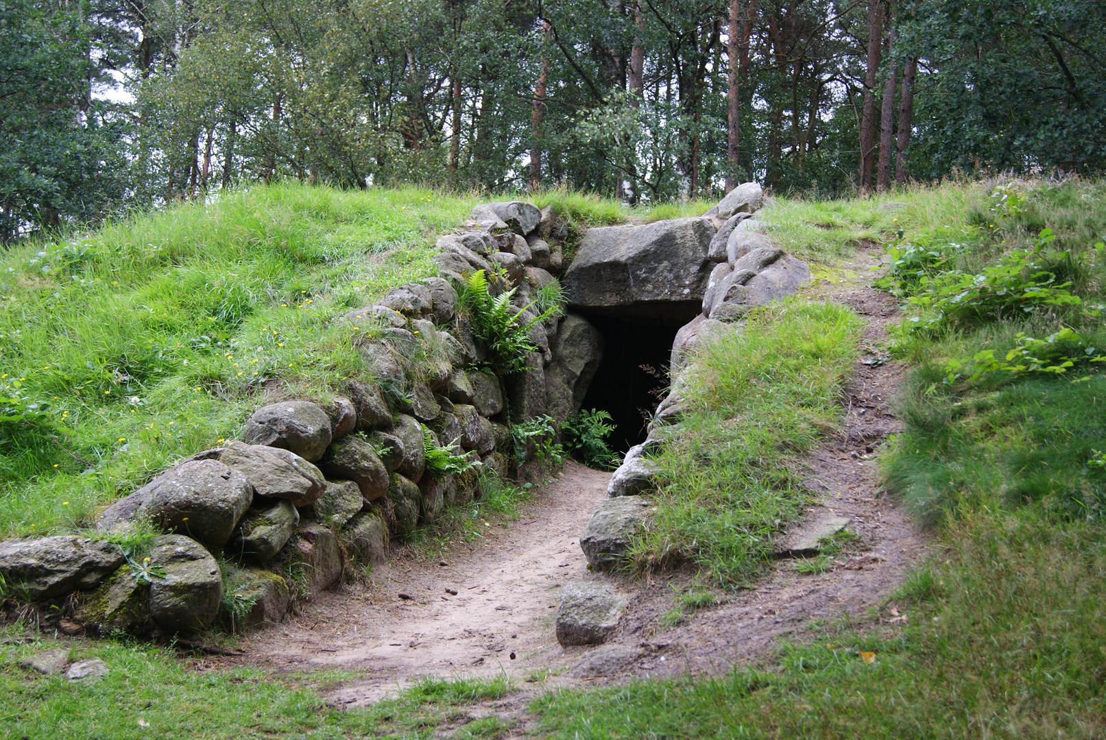 Großsteingrab bei Groß Berßen