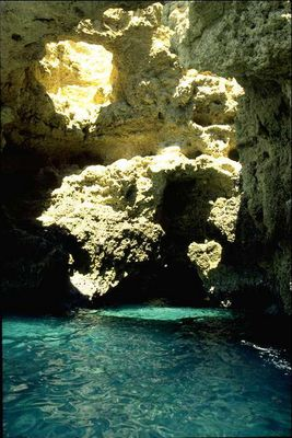 Grotten an der Algavre/Portugal
