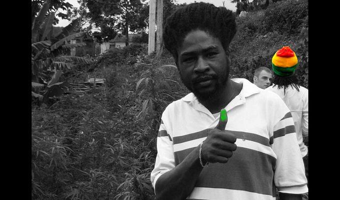 Gründer Daumen auf Jamaika ;-)