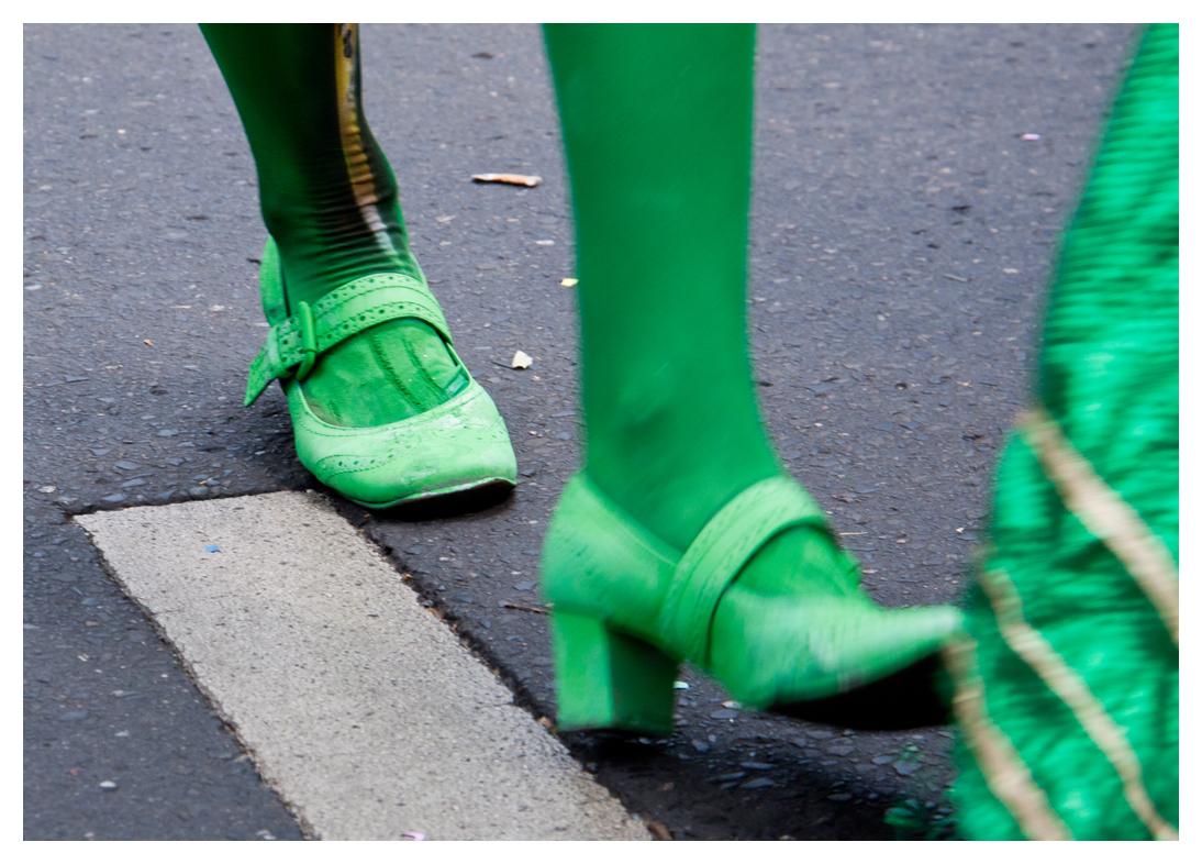 grüne Schuhe