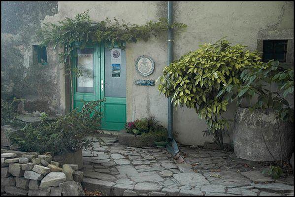 Grüne Tür in ....