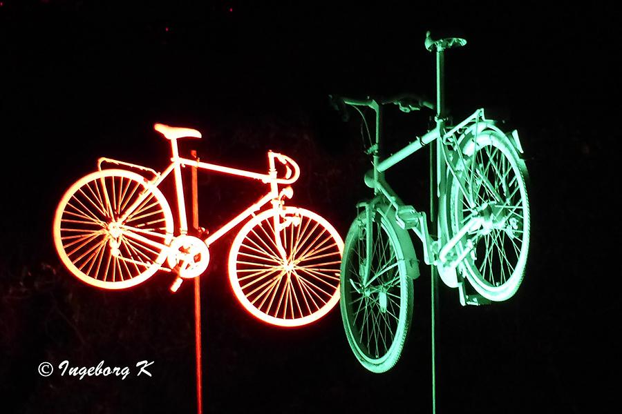 Grugapark - Lichterwochen - Fahrräder als Lichtobjekt