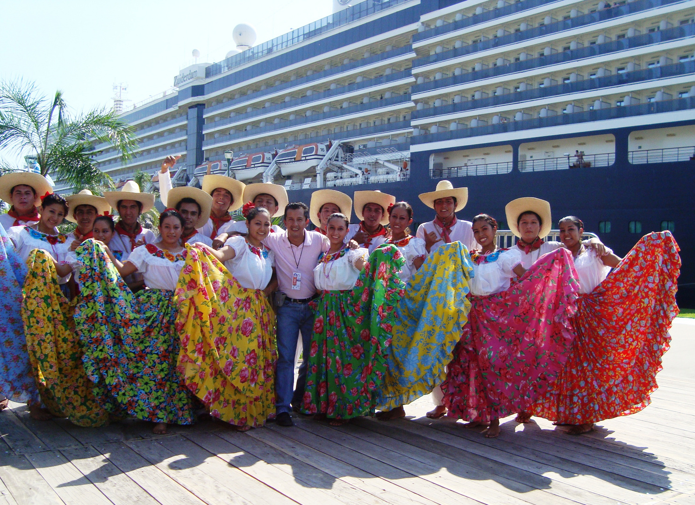 Grupo Folklórico Tleyancuic en Puerto Chiapas