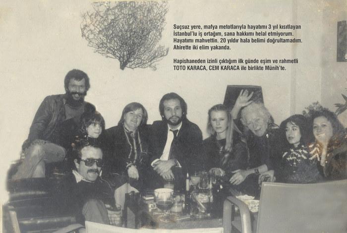 Gruppenbild mit CEM KARACA und TOTO KARACA