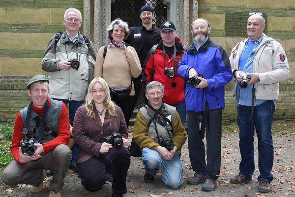 Gruppenbild vom Usertreffen am 6.9.07 an der Glienicker Brücke im Schlosshof