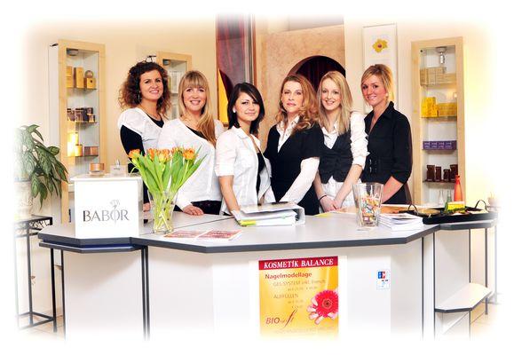 Gruppenbild von Kosmetik Balance