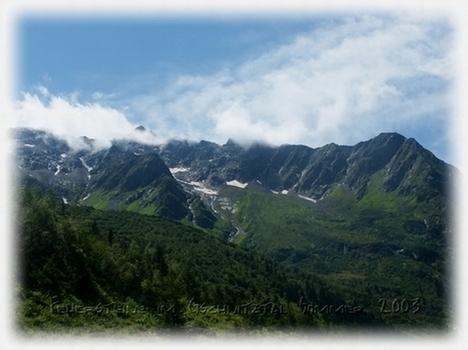 Gschnitztal in Tirol in Richtung der Feuersteine