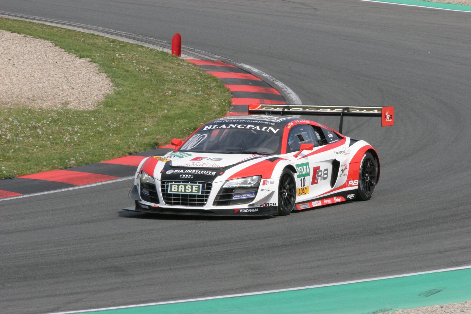 GT Masters 2014 Oschersleben R8 LMS Ultra Rast / van der Linde
