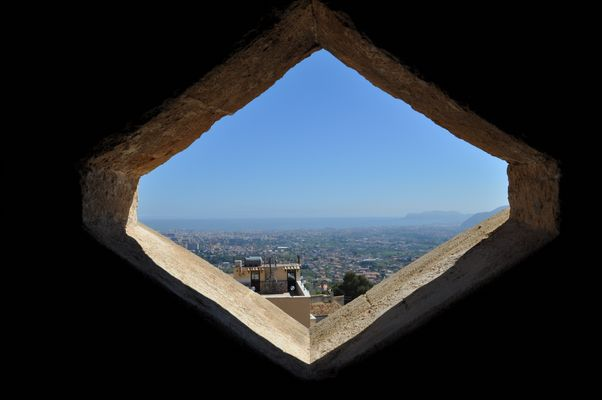 Guardando Palermo...........