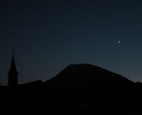 Guber mit Abendstern und Mondsichel
