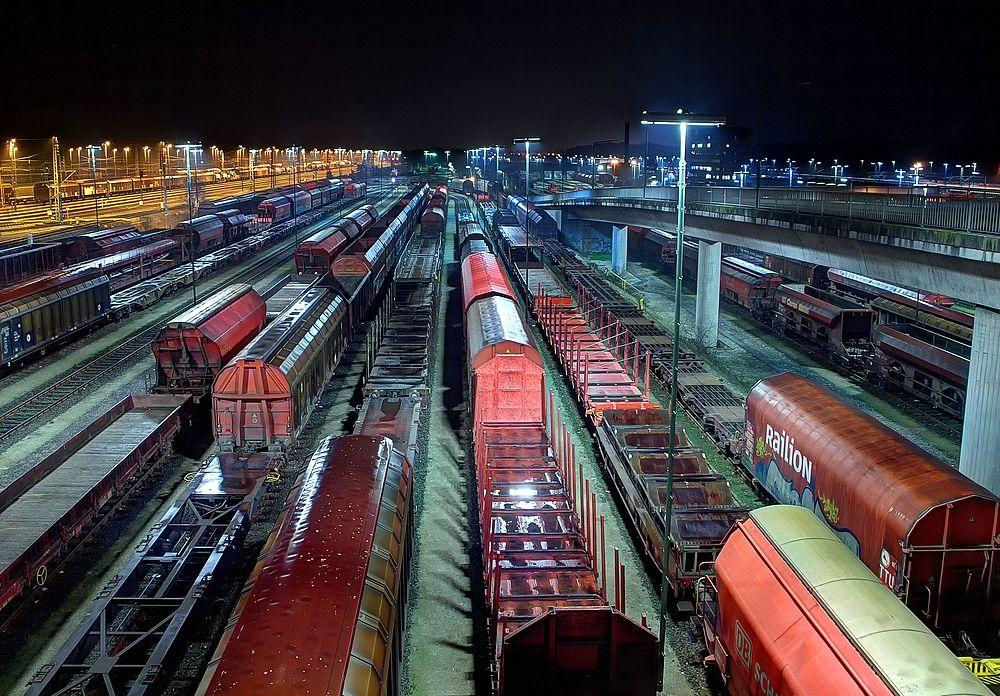 ++ Güterwagen ++