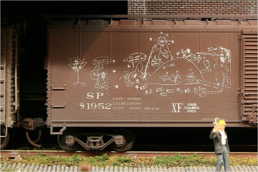 Güterwaggon-Graffiti: Wüstes Trinkgelage