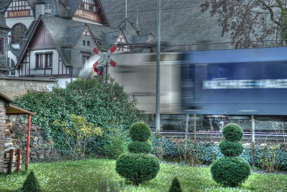Güterzug bei Assmannshausen