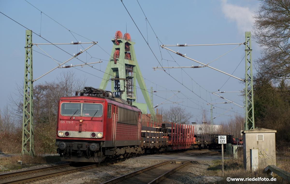 Güterzug im Ruhrgebiet