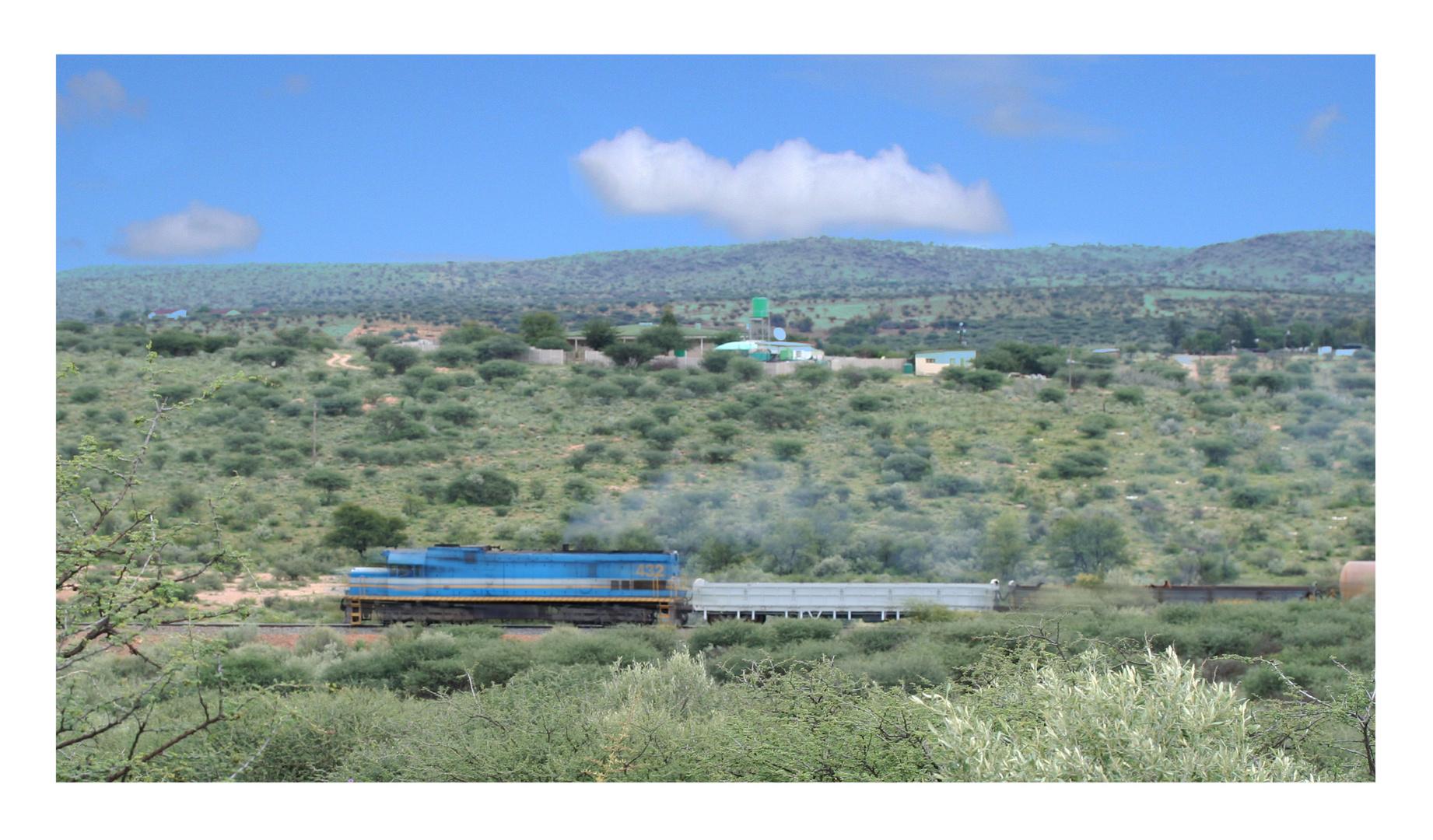 Güterzug nahe Windhoek.