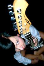 Guitar Female