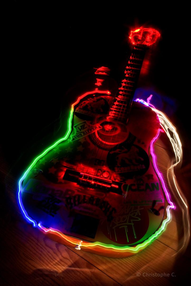 Guitare de ma fille... 1er essai Light Painting !!