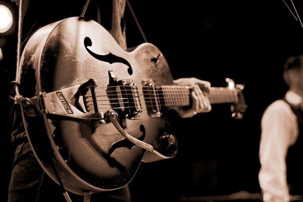 Guitar(man)