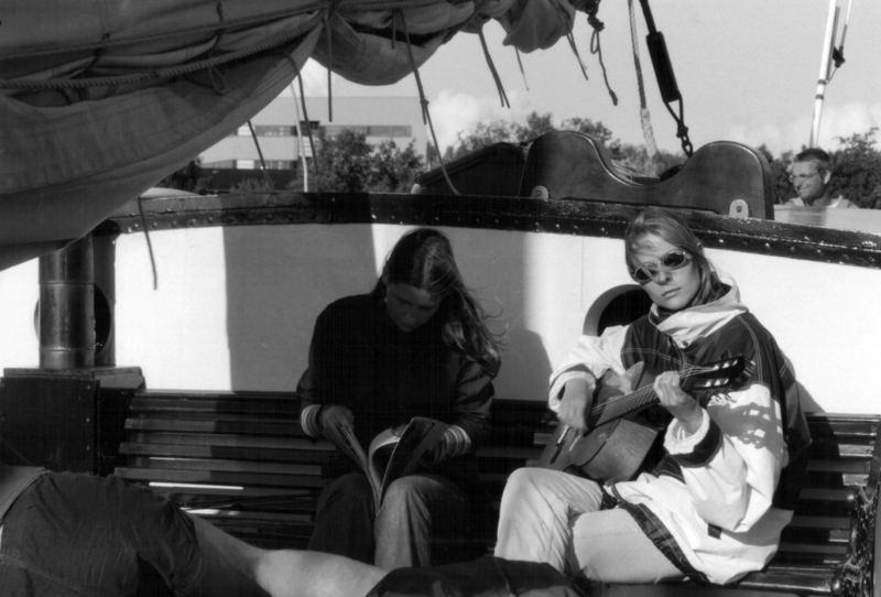 Guitarre auf Segeltour