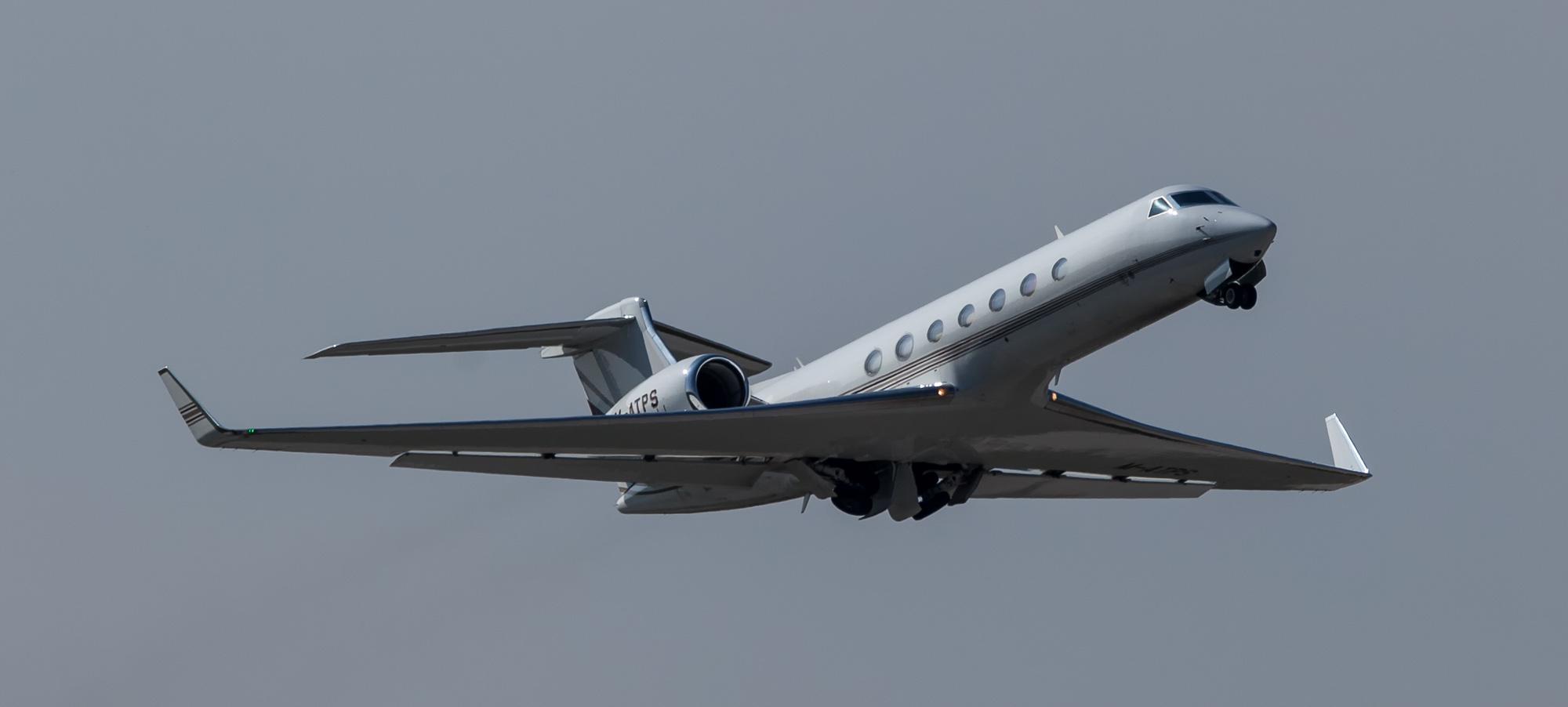 Gulfstream Aerospace G550