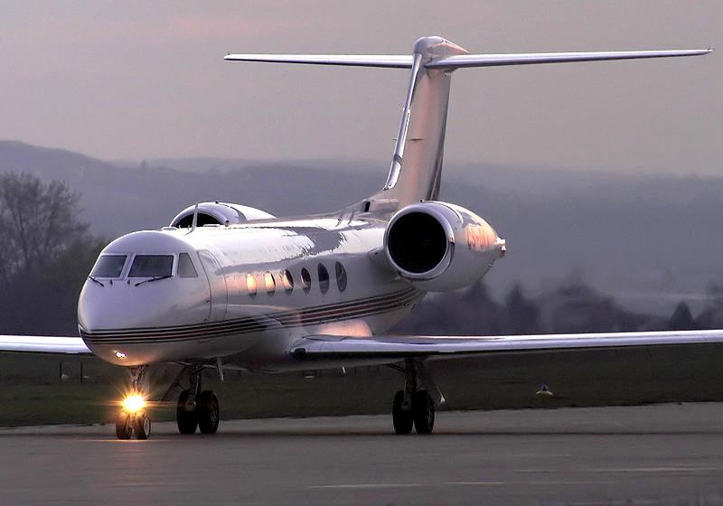 Gulfstream IV - NetJets Europe, Brno-Turany (BRQ)