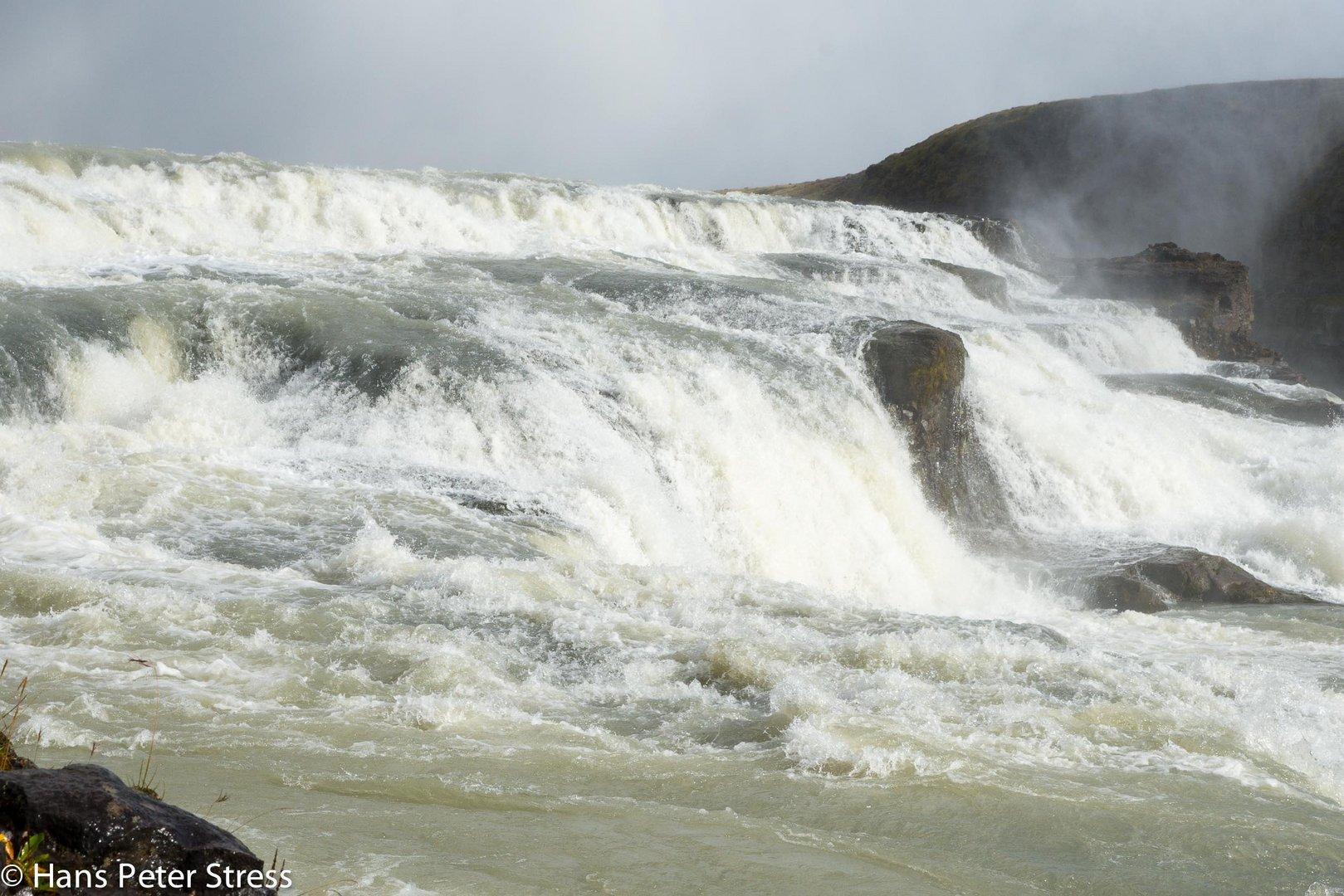 Gullfoss-Wasserfall_3