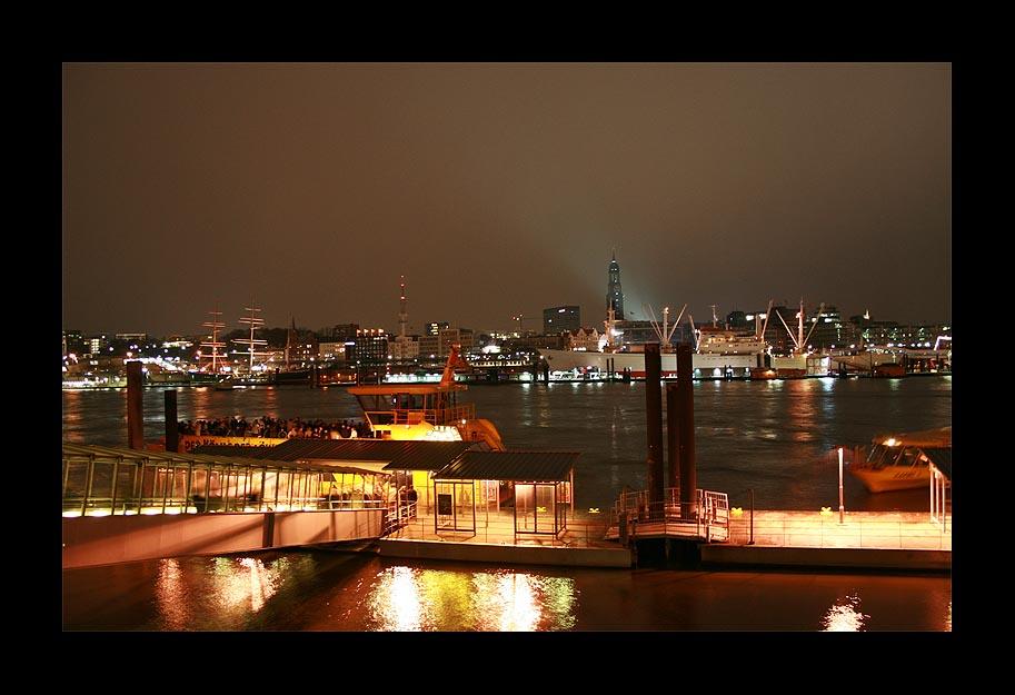 Gute Nacht, Hamburg!
