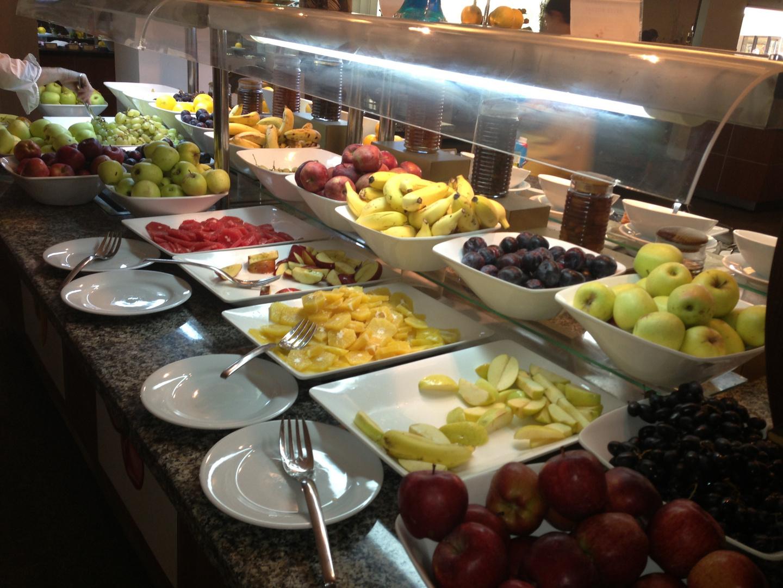 guten morgen ! frühstück ist angerichtet!