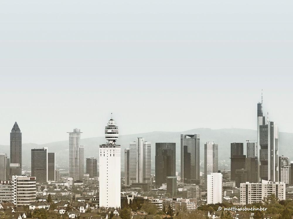 guter alter Henningerturm - ein Wahrzeichen Frankfurts weniger