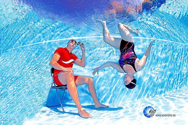 H2OFoto.de - Werbekampagne - unterwasser Model Fotoshooting für Berliner Bäder Betriebe