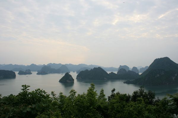 Ha Long : la rencontre entre le dragon et la mer
