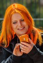 Haare passend zum Handy oder umgekehrt .....