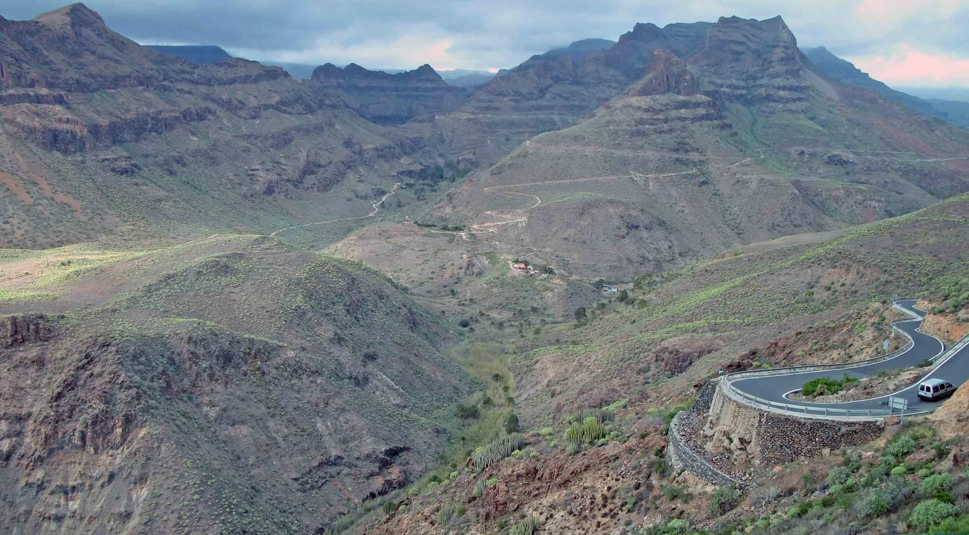 Haarnadelkurven auf Gran Canaria