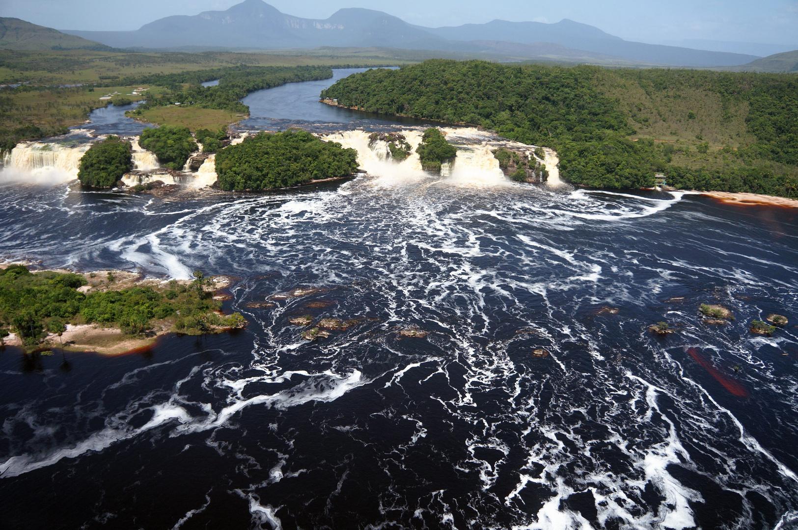 Hacha Falls Venezuela