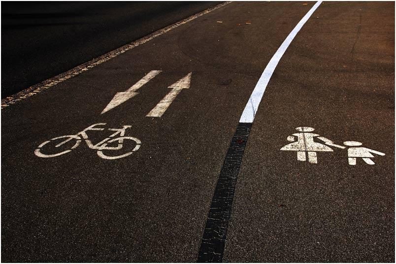 Händchenhalten oder Fahrradfahren