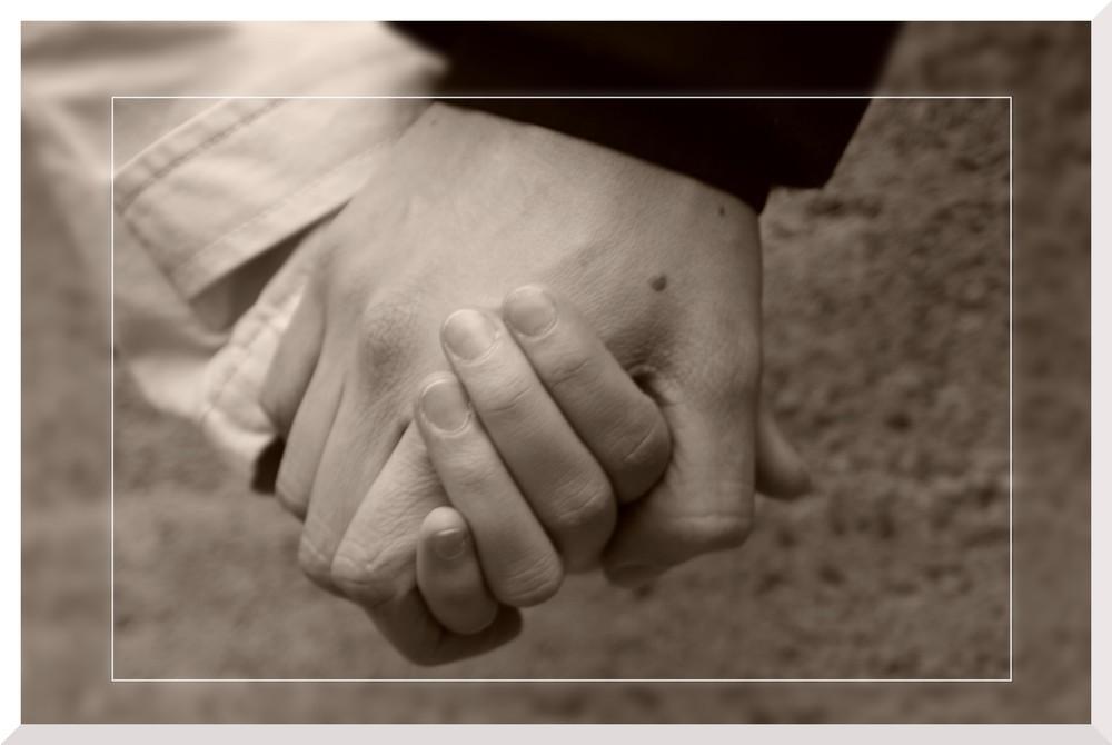Hände die sich lieben