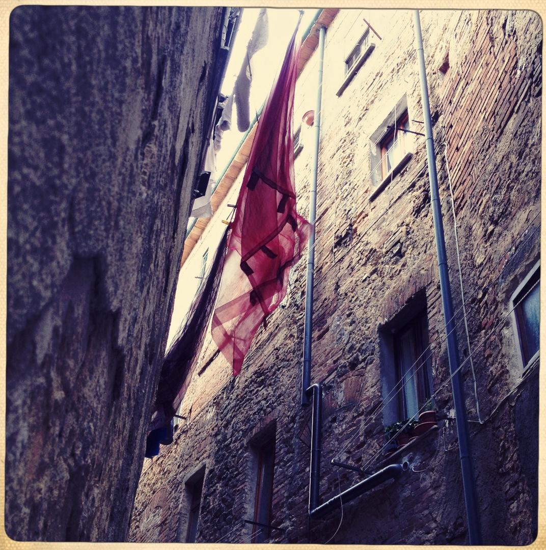 Hängendes Tuch (Volterra)