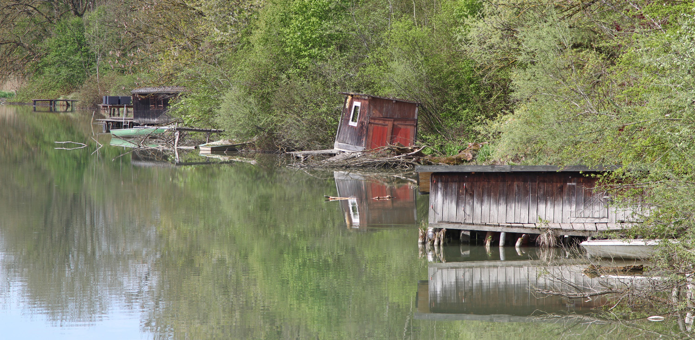 Häuschen am See
