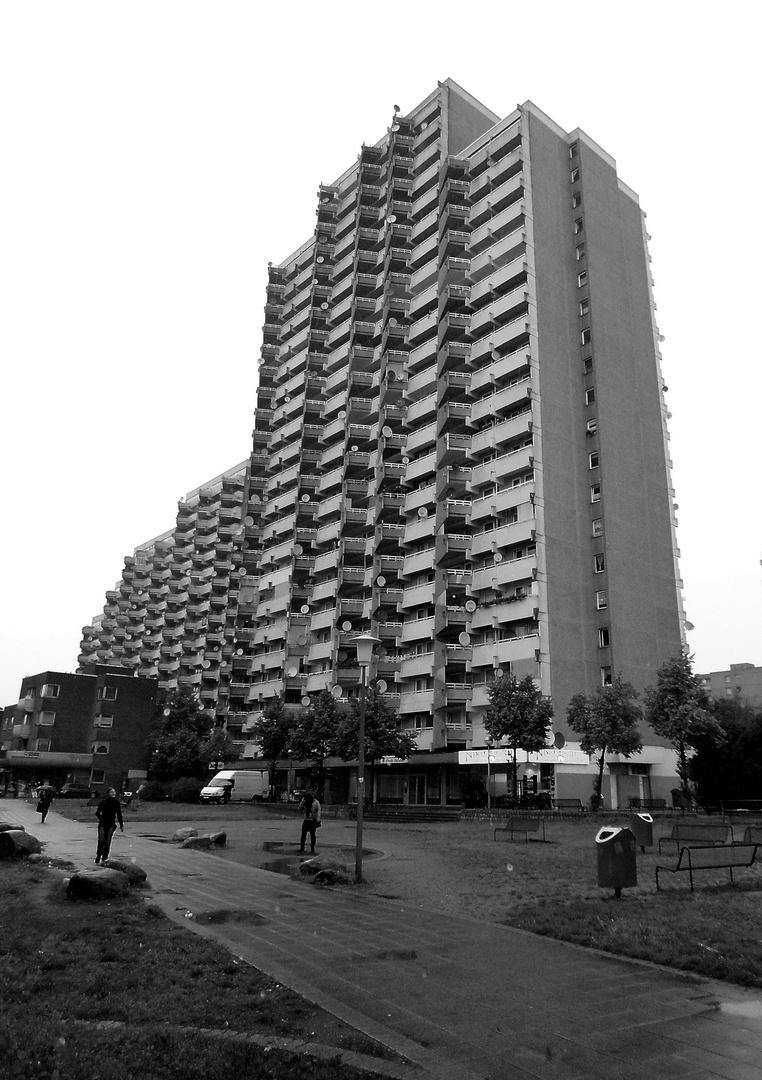 Häuser und Menschen