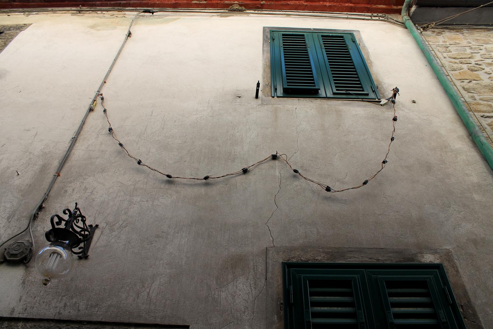 Häuserwand in Italien