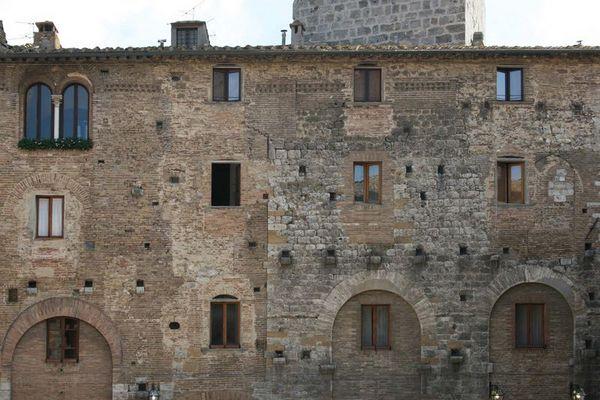Häuserzeile in San Gimignano