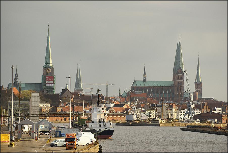 Hafen einer Hansestadt